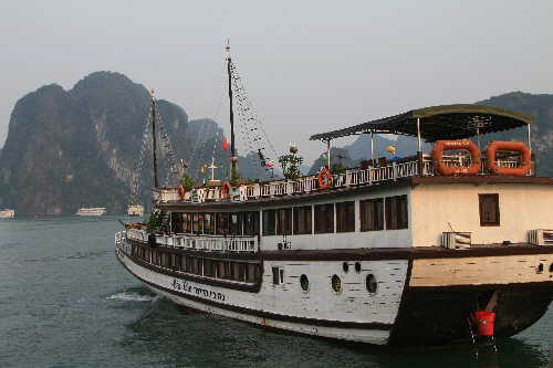 Halong  See Ha Long Bucht